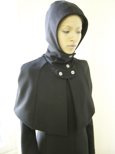 0405-0102 long black coat with short cape | photography of f… | Flickr
