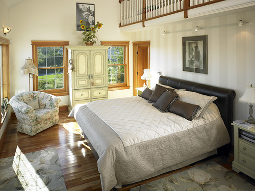 39280 Master Bedroom With Loft In Cape Cod Style Lindal Home Flickr Photo Sharing