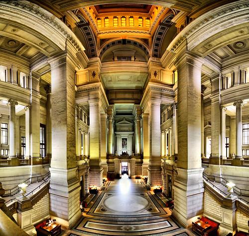Int rieur du palais de justice bruxelles belgium for Afbeeldingen interieur