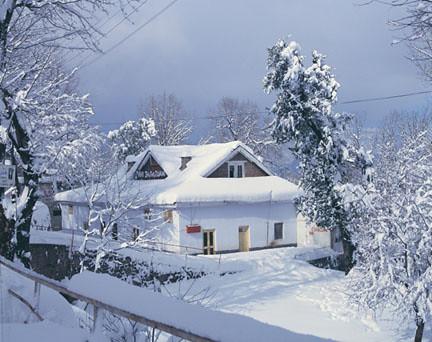 Murree In December  Aame Osia Flickr