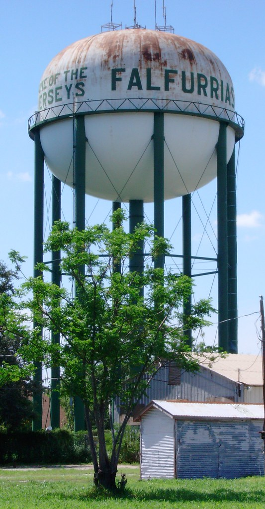 Old Falfurrias Texas Water Tower Home Of The Jerseys