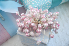 Pearl Stamen Gift Topper | by such pretty things
