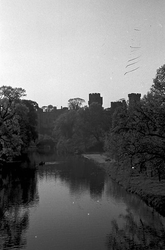1602 Warwick Castle on river Avon