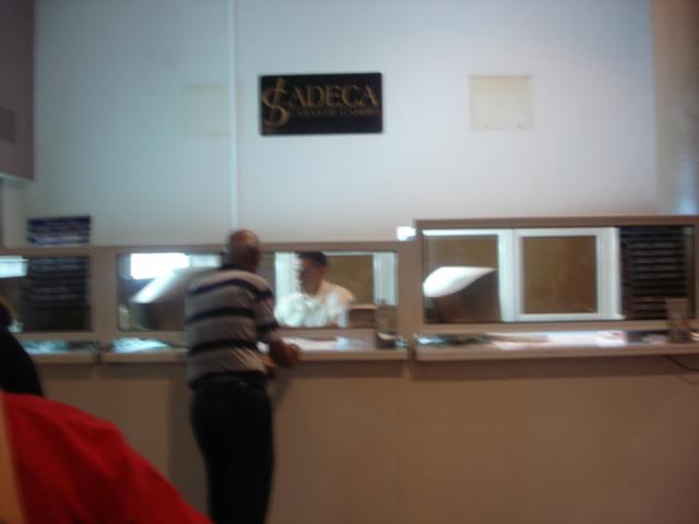 Cadeca oficina de cambio de moneda la habana cuba flickr for Oficina de cambio