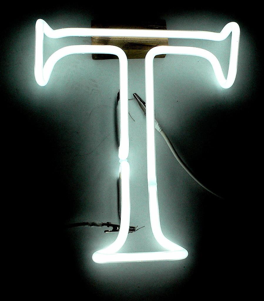 ��t_TheLetterT|11x10E9,E10|LiteBriteNeonStudio|Flickr