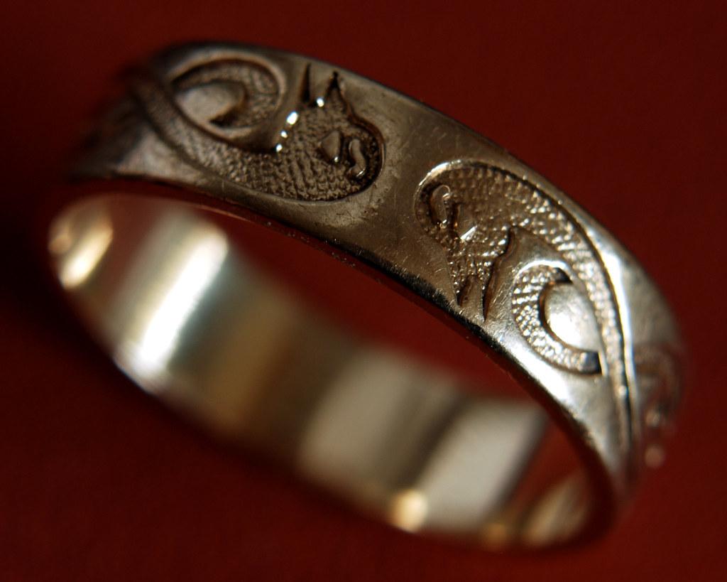 wedding ring nikon d80 sigma 2880mm vivitar closeup