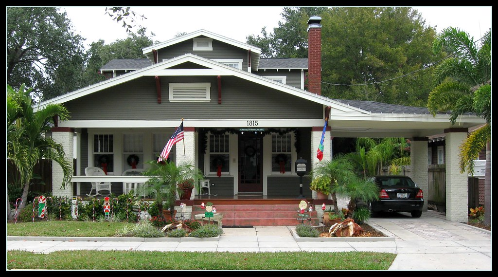 Boozhy bungalow with port cochere kenneth knight flickr for Craftsman carport