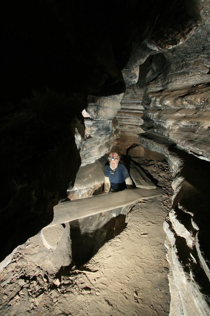 Big Bone Cave  Q Passage Timbers  Van Buren County  Tennes