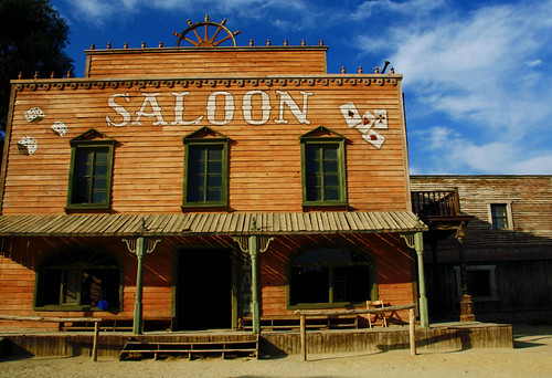 Saloon del oeste flickr photo sharing for Salon western