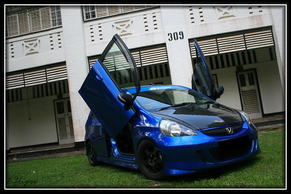 Download ... & All sizes | Vivid Blue Honda Jazz GD1 with Scissors Door | Flickr ...