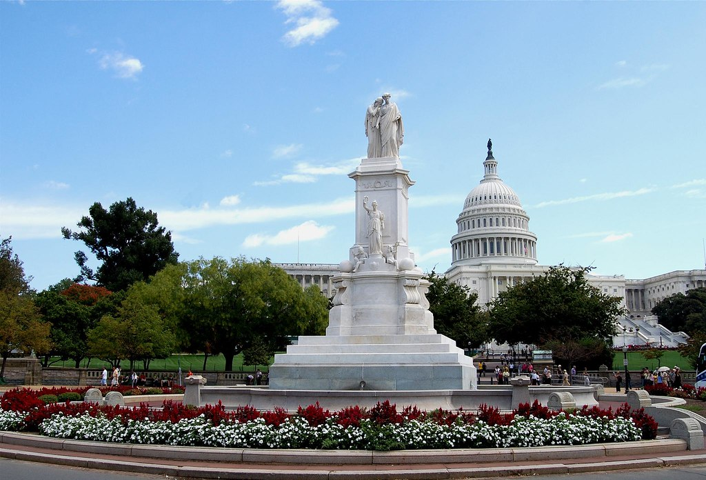 Monuments in washington dc