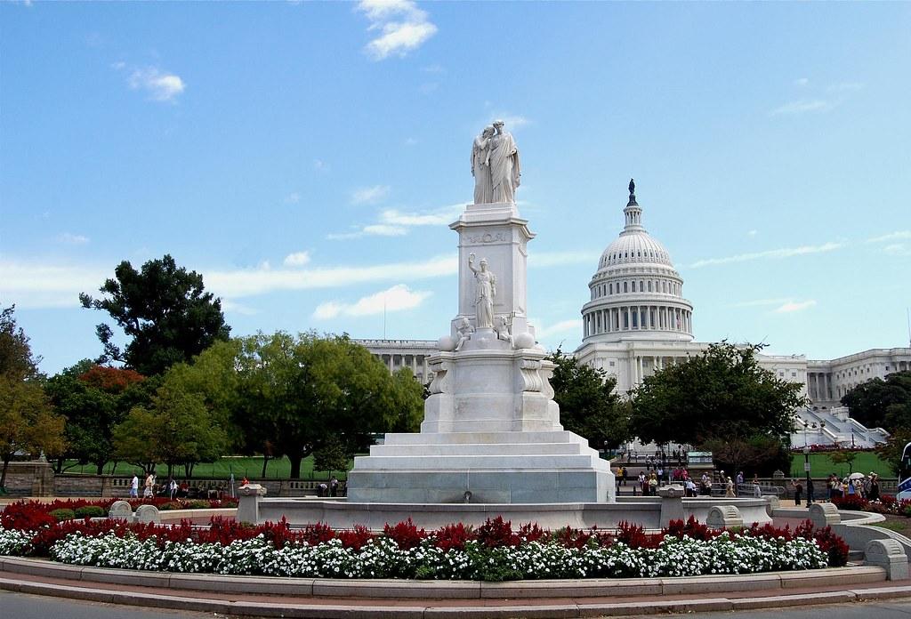 Monuments in washington dc