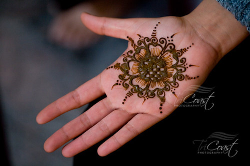 Mehndi Party Sign : Mehndi party the henna art lasts several days and