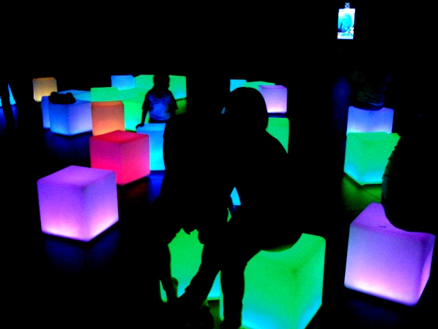 glowing cubes bolantitoy flickr