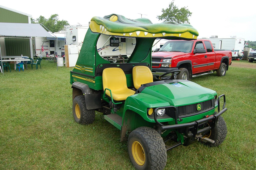 John Deere Gator >> John Deere Gator with a gater roof 002 N | Taken at the 2008… | Flickr