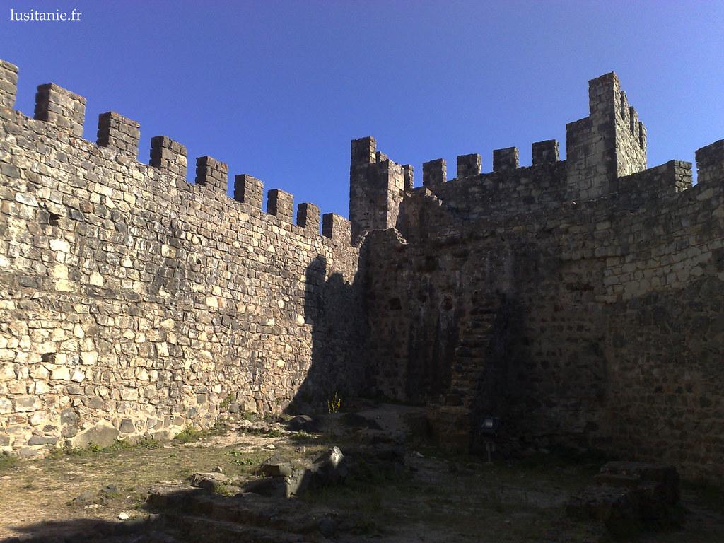 Puissantes murailles