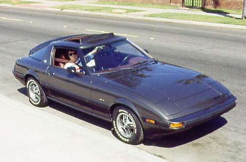 my wifes 1982 mazda rx7 sue and her rx7 this was a
