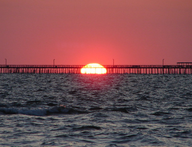 Sunrise over lynnhaven fishing pier 6 18 08 taken on for Lynnhaven fishing pier