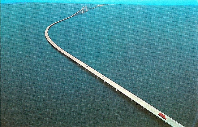 Old sunshine skyway old picture of the skyway bridge in for Skyway bridge fishing