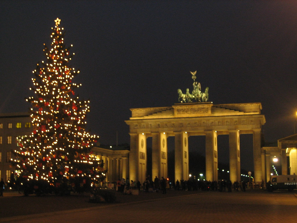 weihnachten in berlin weihnachtsbaum am brandenburger tor flickr. Black Bedroom Furniture Sets. Home Design Ideas