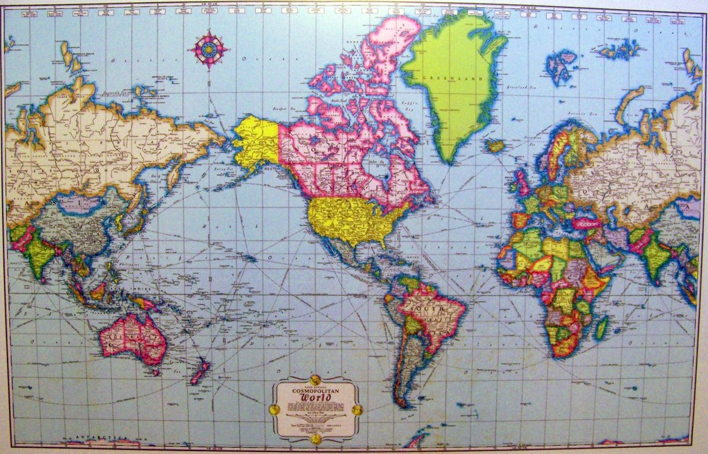 Late 1950s Mercator projection world map on a desktop sur Flickr