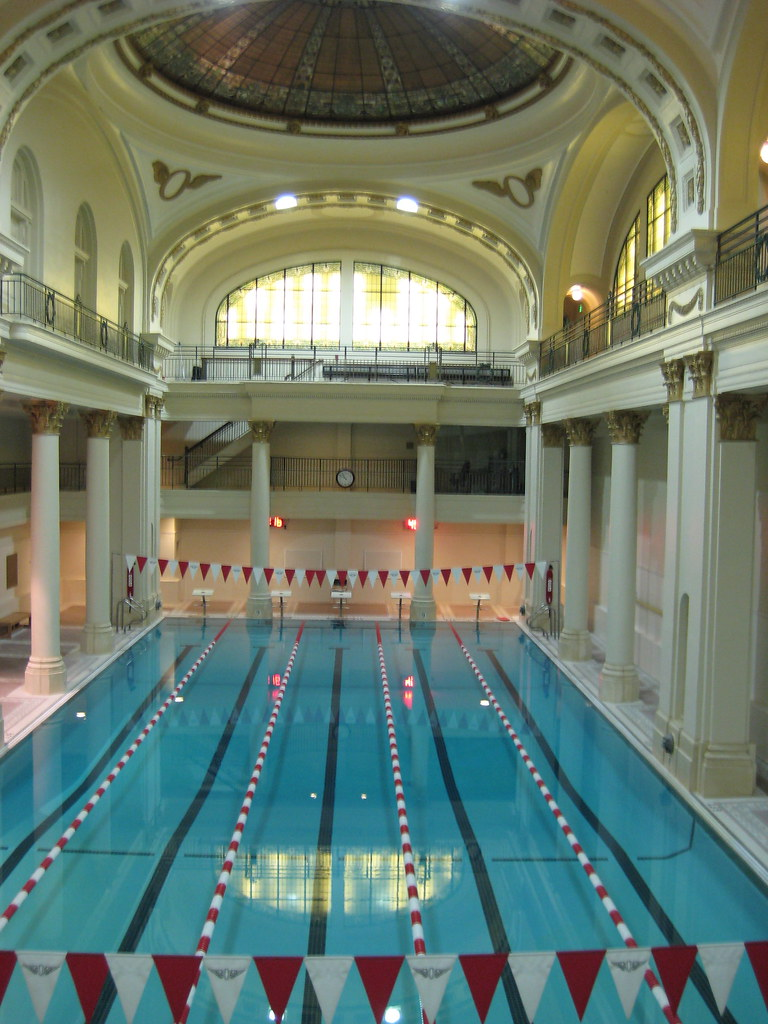 the pool in the olympic club