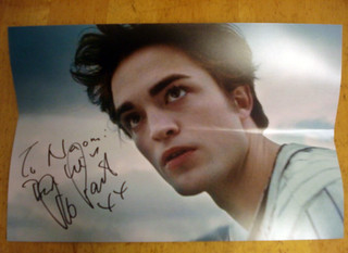 Robert Pattinson sent me back an autograph! 2008 (PLEASE READ THE DECRIPTION) | by punxie89