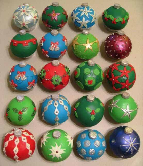 Christmas Ornament Cupcakes - 5 Of 5