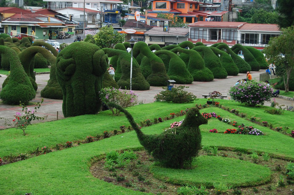 Jardines de zarcero costa rica edward scissorhands has for Jardines costa rica