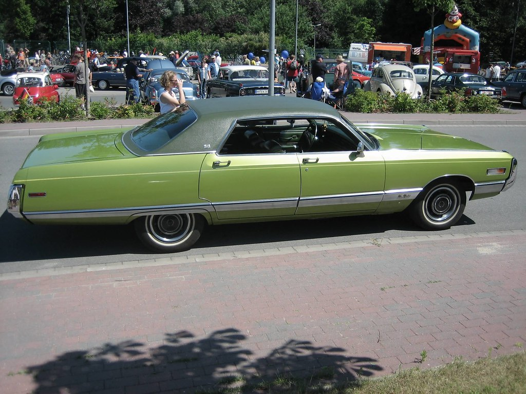 1973 chrysler new yorker with 3244648384 on File 1962 Buick Electra 225 together with 272021270915 besides 131871095308785403 additionally 1974 Chevrolet Caprice Classic photo together with 1.