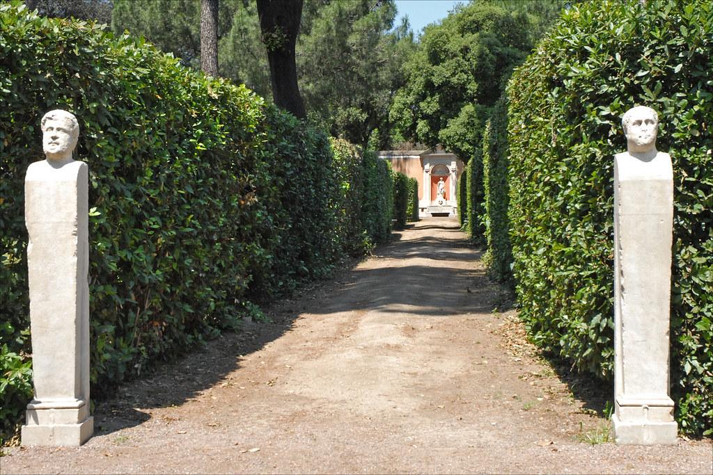 All e et herm s dans le jardin de la villa m dicis rome for Jardin 16eme