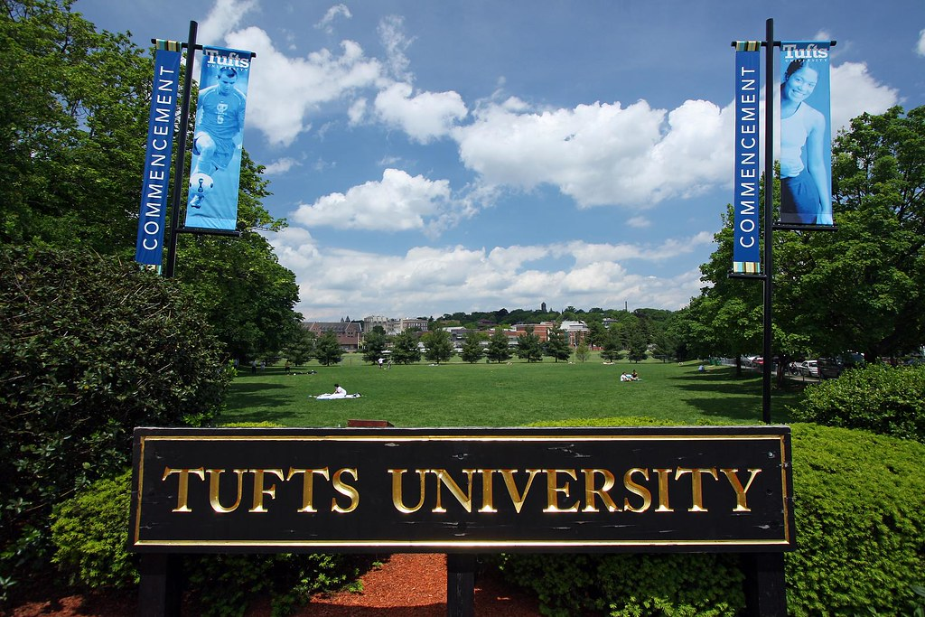tufts university application essays Past essays that mattered from the readers students always ask about the essays we get it: between topic selection, length, style, and message, there is a lot to.