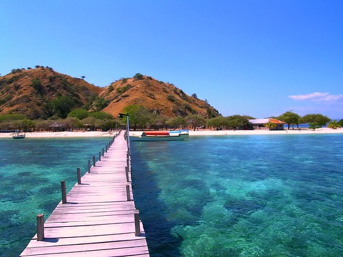 Kanawa Island Flores Indonesia | In a way I'd have preferred ...