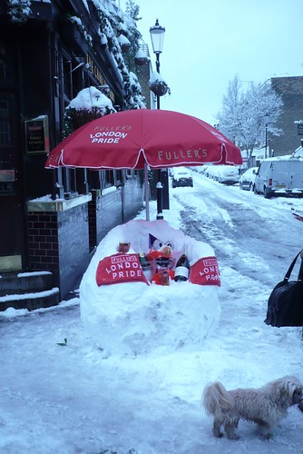 Snow chair (with beer and champagne) | by flashboy