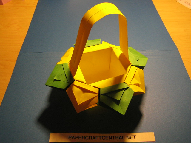 Origami Vase Flower Basquet With Handle For Instructions Flickr