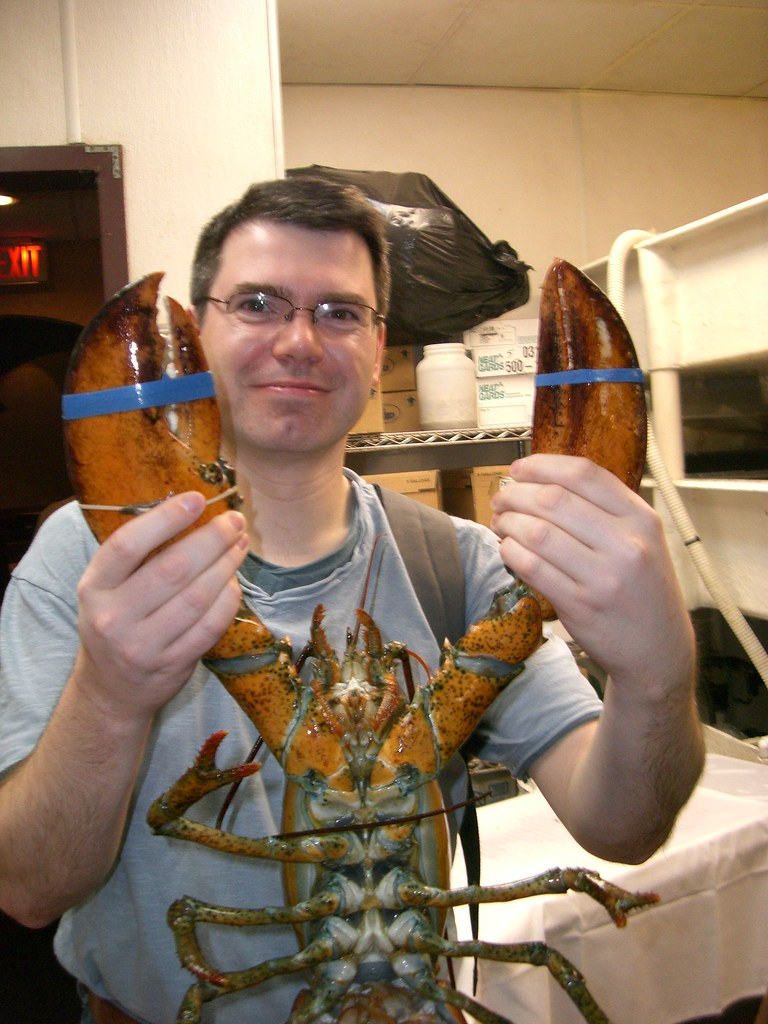 Duncan holding a lobster at the Rosewood Grill, Las Vegas,… | Flickr