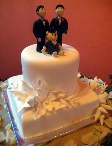 Cake Design In Kl : gay wedding cake cake design by allan yap and e.t. yew ...