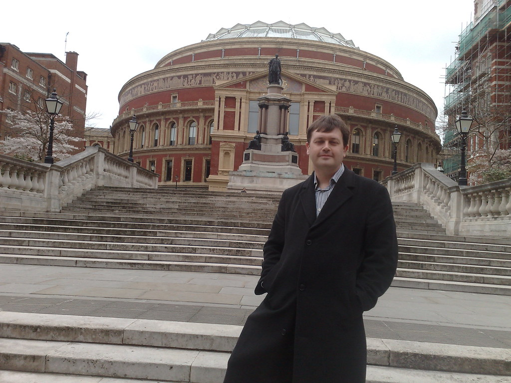 Tim in front of the royal albert hall perhaps tim was for Door 4 royal albert hall
