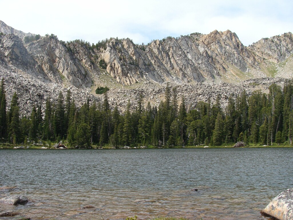 twin lake single guys Twin lakes campground is  inyo recreation will assess an additional $7 vehicle fee per day for the second vehicle in each single  continue on lake mary road to .