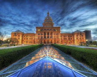The State Capitol of Texas at Dusk | by Stuck in Customs