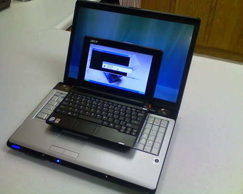 Acer Aspire One Netbook first impressions | by zieak