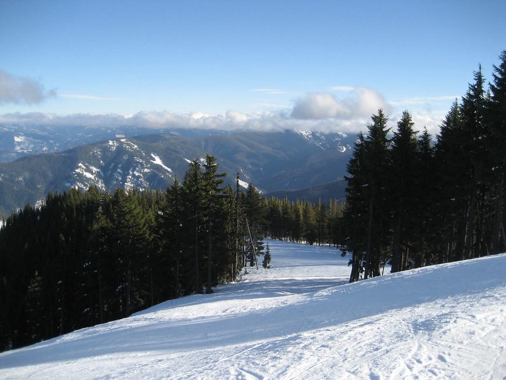 Silver mountain slopes silver mountain resort in kellogg for Silver mountain cabins