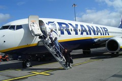 Passengers leaving Ryanair jet | by bigpresh