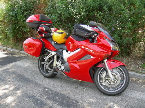 honda vfr 800 vtec in travel mode flickr photo sharing. Black Bedroom Furniture Sets. Home Design Ideas