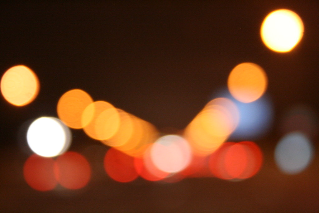 Octubre 20 31 luces de neon carles corbi verge flickr - Luces de neon ...