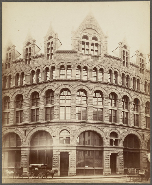 Ames building boston bedford kingston streets h h ri for Richardson architect
