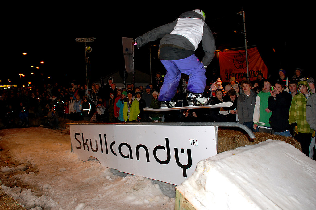 Skullcandy rail jam oxford terrace christchurch new for Oxford terrace 2