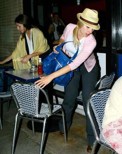 Scarlett Johansson Str... Scarlett Johansson