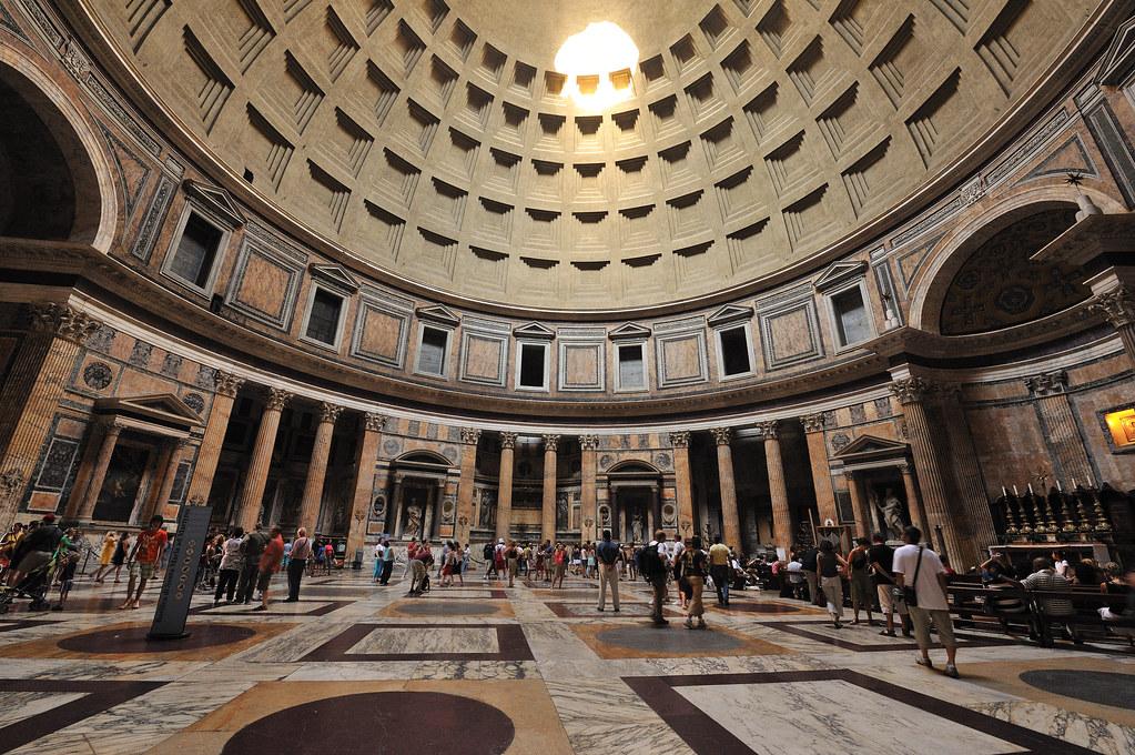 Pantheon interior piazza del rotonda brian topp flickr for Interno 5 b b roma