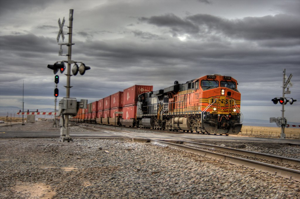 bnsf freight train  rr xing hdr  passing bnsf freight flickr